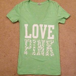 "VS/PINK ""LOVE PINK"" Green V-Neck T-Shirt X-Small"
